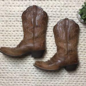 EUC Brown Ariat Square toe cowboy boots